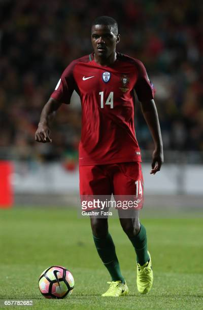 Portugal's midfielder William Carvalho in action during the FIFA 2018 World Cup Qualifier match between Portugal and Hungary at Estadio da Luz on...