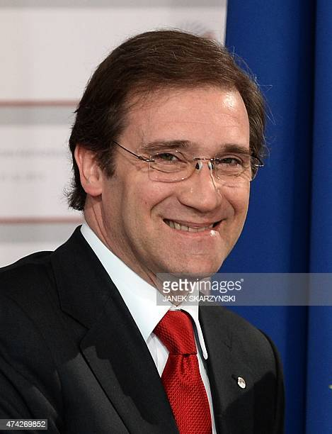 Portugeuse Prime Minister Pedro Passos Coelho arrives at the House of the Blackhead for an informal dinner at the start of the fourth European Union...