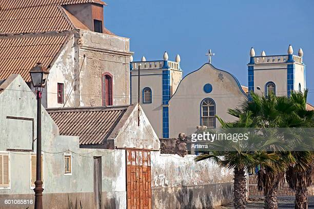 Portuguese colonial buildings and the Igreja de Santa Isabel / Santa Isabel Church in the village Sal Rei on the island Boa Vista Cape Verde / Cabo...