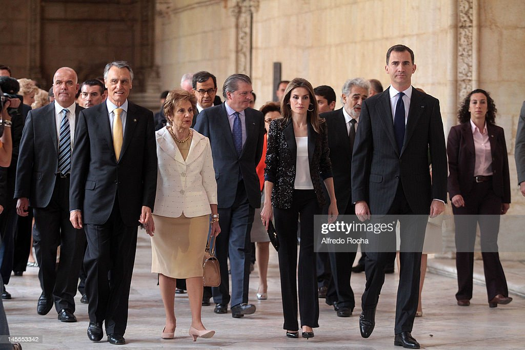 Portuguese president <a gi-track='captionPersonalityLinkClicked' href=/galleries/search?phrase=Anibal+Cavaco+Silva&family=editorial&specificpeople=577282 ng-click='$event.stopPropagation()'>Anibal Cavaco Silva</a>, <a gi-track='captionPersonalityLinkClicked' href=/galleries/search?phrase=Maria+Cavaco+Silva&family=editorial&specificpeople=4101111 ng-click='$event.stopPropagation()'>Maria Cavaco Silva</a>, Princess <a gi-track='captionPersonalityLinkClicked' href=/galleries/search?phrase=Letizia+of+Spain&family=editorial&specificpeople=158373 ng-click='$event.stopPropagation()'>Letizia of Spain</a> and Prince Felipe of Spain attends 'Europa Nostra Awards' event at Monasterio de los Jeronimos de Belem (Jeronimos Monastery) on June 1, 2012 in Lisbon, Portugal. Prince Felipe and Princess <a gi-track='captionPersonalityLinkClicked' href=/galleries/search?phrase=Letizia+of+Spain&family=editorial&specificpeople=158373 ng-click='$event.stopPropagation()'>Letizia of Spain</a> are on a three-day visit to Portugal.