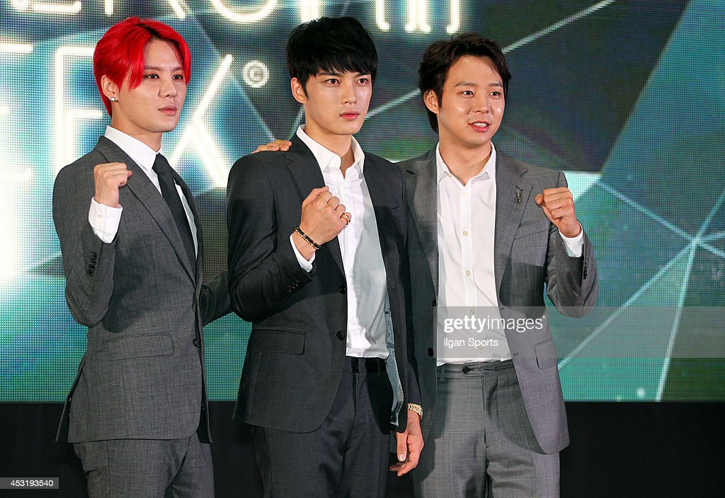 <a gi-track='captionPersonalityLinkClicked' href=/galleries/search?phrase=JYJ&family=editorial&specificpeople=3039772 ng-click='$event.stopPropagation()'>JYJ</a> pose for photographs during the <a gi-track='captionPersonalityLinkClicked' href=/galleries/search?phrase=JYJ&family=editorial&specificpeople=3039772 ng-click='$event.stopPropagation()'>JYJ</a> membership week press conference at COEX on July 31, 2014 in Seoul, South Korea.