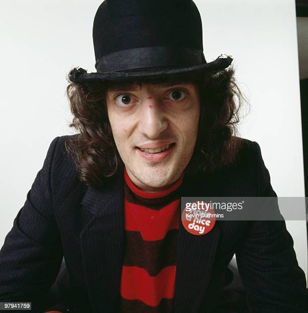 {{searchView.galleryHeadline()}}Recently Viewed Images5 Jerry Sadowitz stock pictures and images