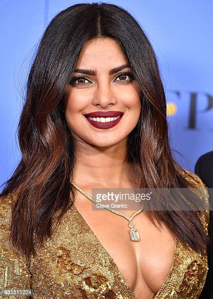 poses Priyanka Chopra at the 74th Annual Golden Globe Awards at The Beverly Hilton Hotel on January 8 2017 in Beverly Hills California