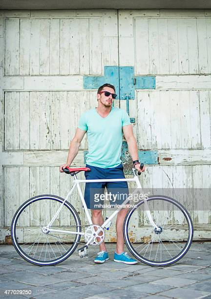 Posing with fixie