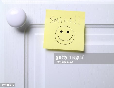 Post it note - Smile!!