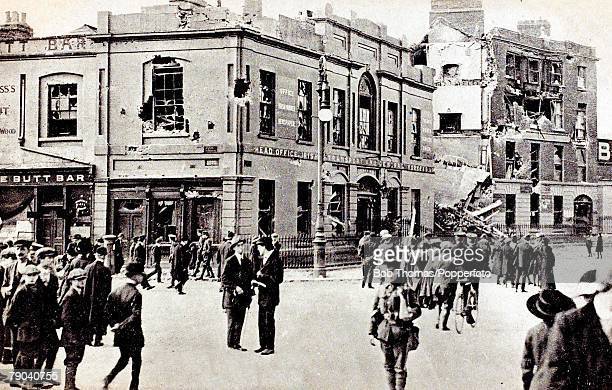 Postcards Ireland The Sinn Fein Rebellion A picture showing the scene at Liberty hall in Dublin
