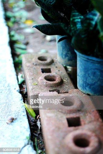 Pot und Brick : Stock-Foto