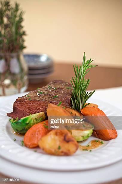 Asado de carne al horno