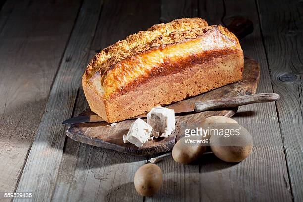 Potato bread, yeast and potatoes