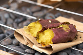 Potato burns purple japan. On the grill is a popular dish of the Japanese and the past noon. Eat hot in the cold air. Cold relief from the body as well.