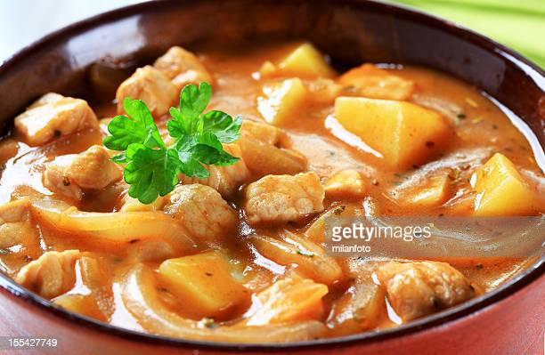 Kartoffeln Gulasch