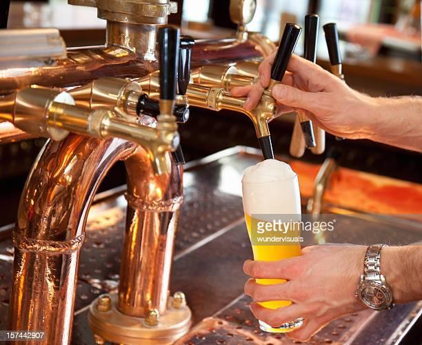Verter Cerveja