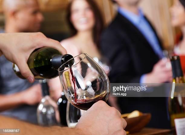 Verter de Vinho