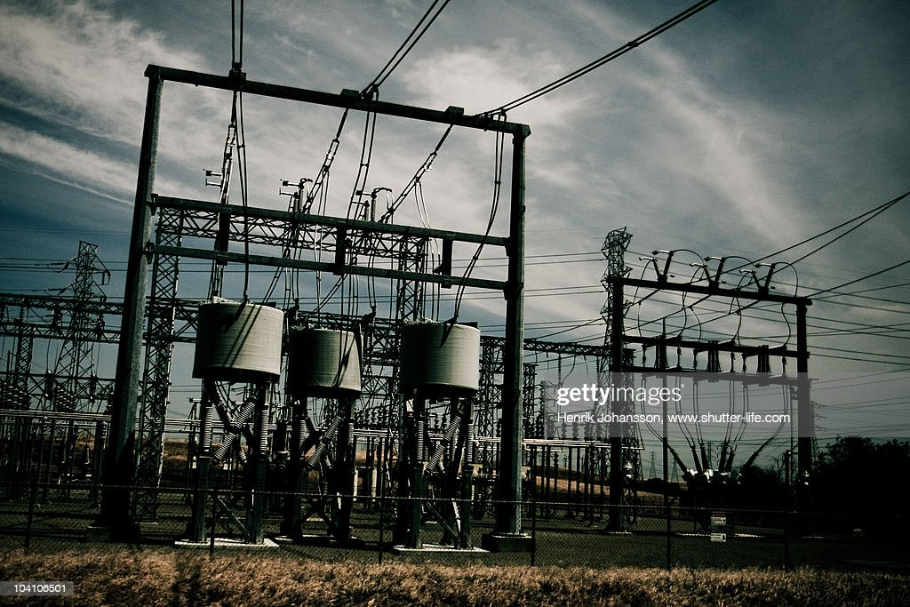 Power lines and transformation in a bleech setting