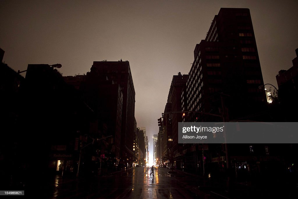 Power outage seen on October 29, 2012 in Manhattan, New York. Hurricane Sandy, which threatens 50 million people in the Mid-Atlantic area of the United States, is expected to bring days of rain, high winds and possibly heavy snow. New York Governor Andrew Cuomo announced the closure of all New York City bus, subway and commuter rail services as of Sunday evening.