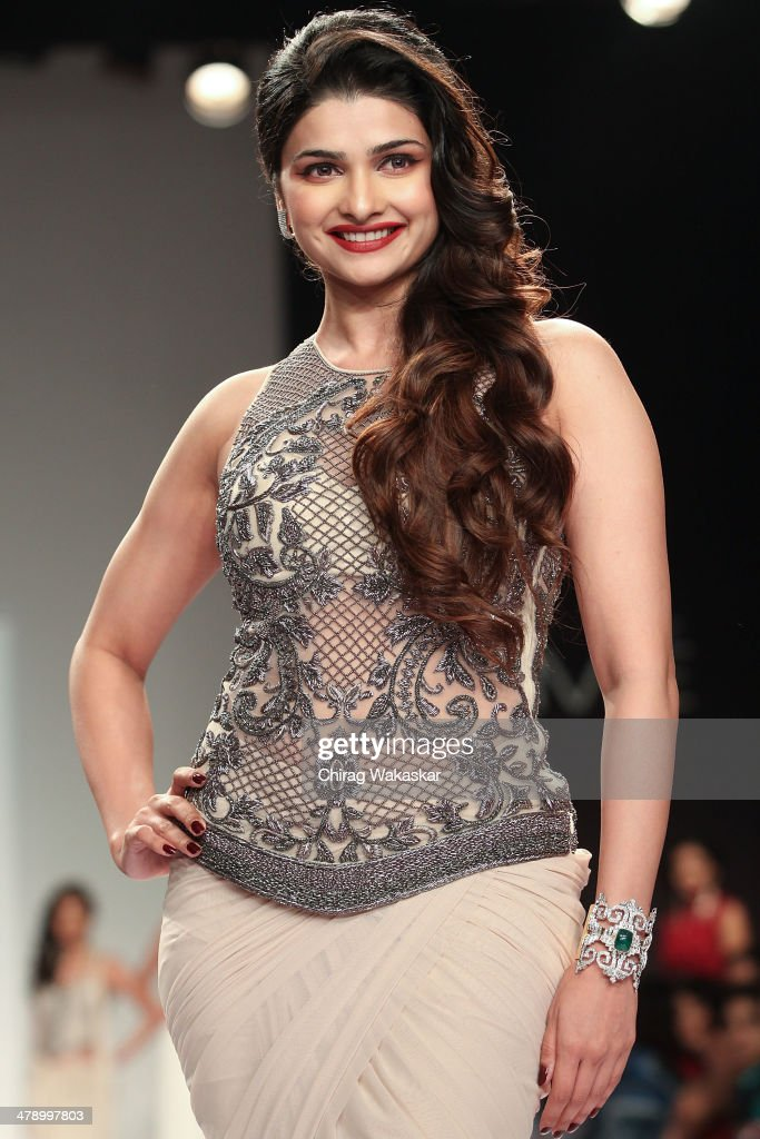Prachi Desai walks the runway wearing designs by Sonaakshi Raaj at day 5 of Lakme Fashion Week Summer/Resort 2014 at the Grand Hyatt on March 15, 2014 in Mumbai, India.