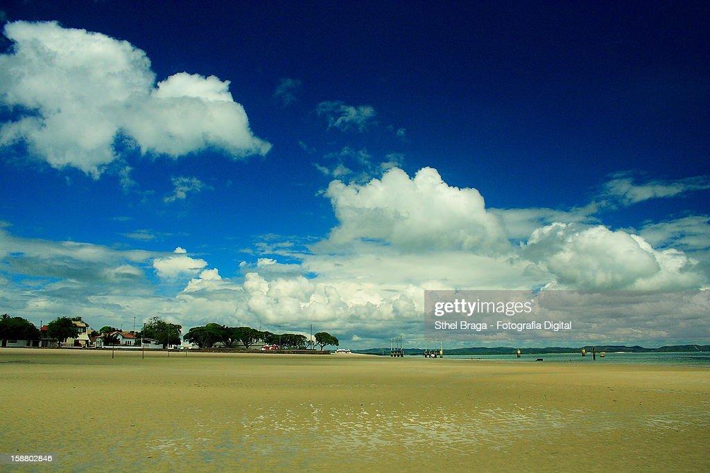 Praia do Forte - Itaparica : Stock Photo
