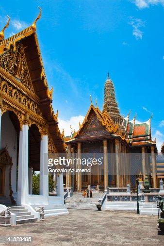 Prasat Phra Thep Bidom Or Royal Pantheon Stock Photo ...
