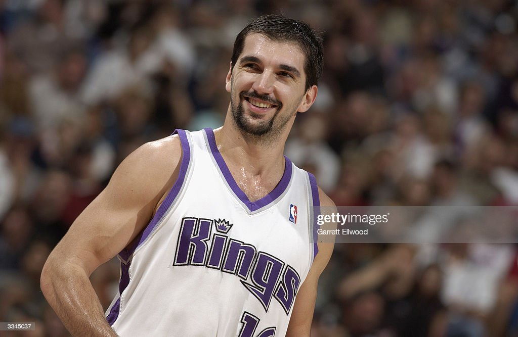 Predrag Stojakovic of the Sacramento Kings walks on the court during the game against the New Orleans Hornets at Arco Arena on April 6 2004 in...