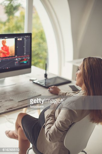 Pregnant graphic designer working : Stock Photo