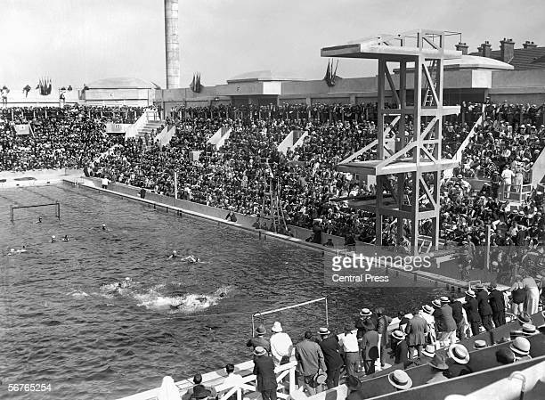 Preliminary rounds in the water polo competition taking place in the pool at Tourelles during the Paris Olympics 16th July 1924