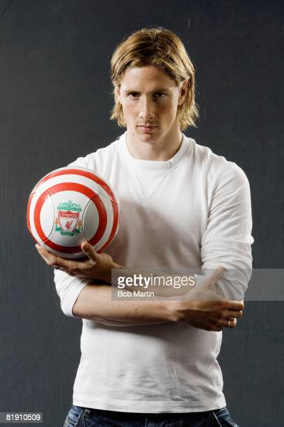 Casual portrait of Liverpool FC Fernando Torres with ball Liverpool England 4/14/2008 CREDIT Bob Martin