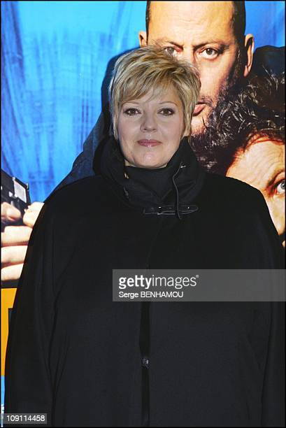 Premiere Of New Film Of Francis Veber 'Tais Toi' With Jean Reno And Gerard Depardieu On October 20 2003 In Paris France Laurence Boccolini