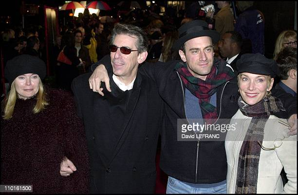 Premiere of 'The Legend of Bagger Vance' the new Robert Redford's movie in New York United States on October 29 2000 At the 'Sony Lincoln Square...