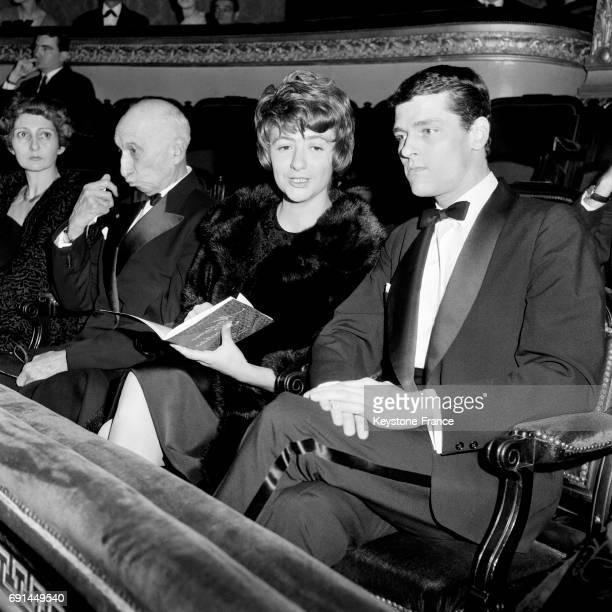 Première sortie publique de madame Robert Westhoff plus connue sous le nom de Françoise Sagan avec son époux le mannequin Robert Westhoff à l'Opéra...