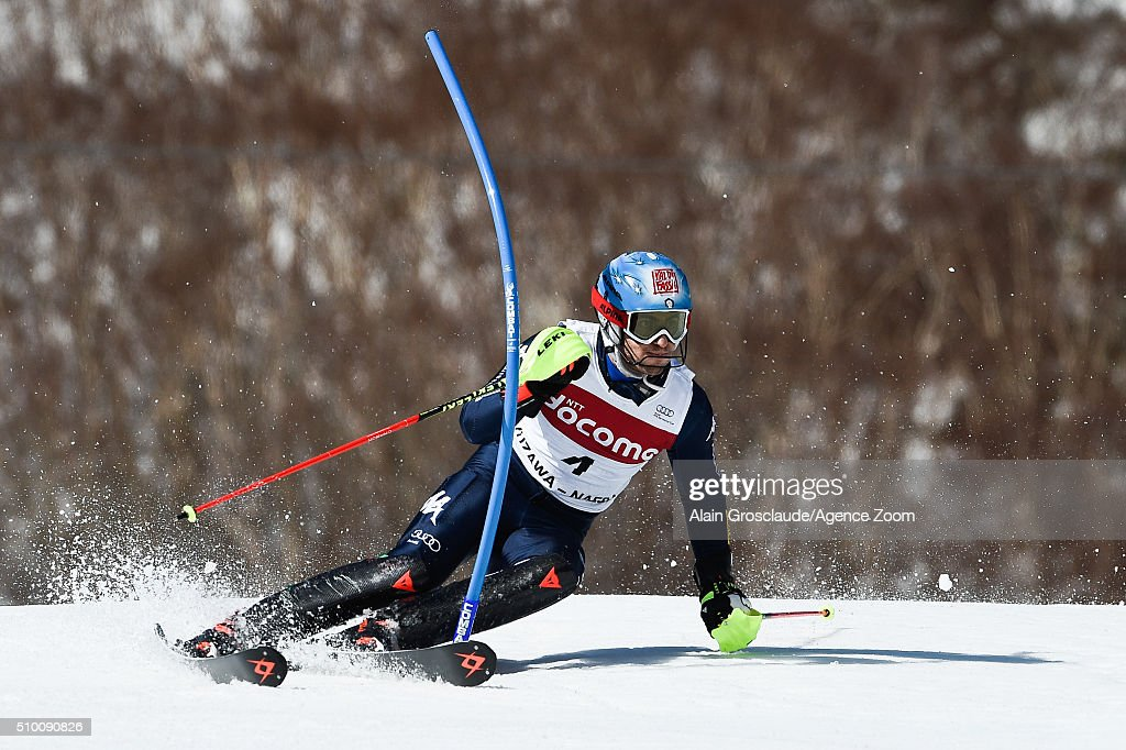 Prenom <a gi-track='captionPersonalityLinkClicked' href=/galleries/search?phrase=Stefano+Gross&family=editorial&specificpeople=5678979 ng-click='$event.stopPropagation()'>Stefano Gross</a> of Italy competes during the Audi FIS Alpine Ski World Cup Men's Slalom on February 14, 2016 in Naeba, Japan.