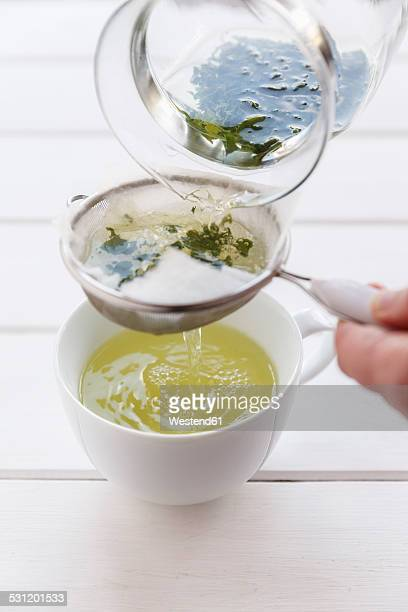 Preparation of green tea