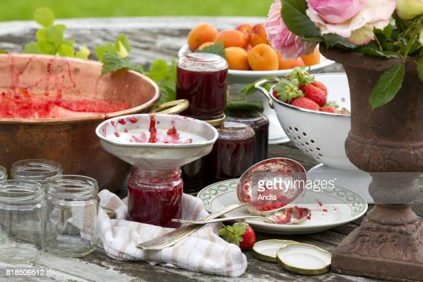 Preparation of jam with red berries