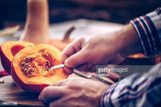 Preparar y cortar fresca Pumpkins