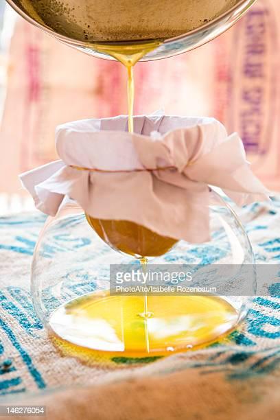 Preparing clarified butter (ghee)