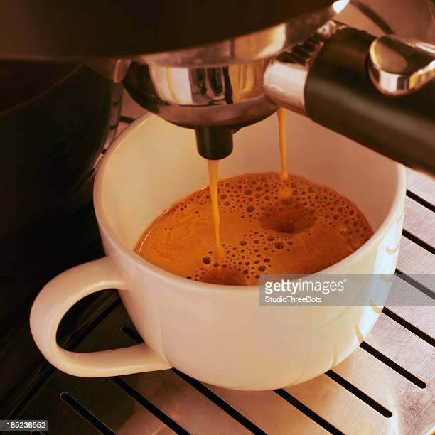 PREPARAR CAFÉ EXPRESSO