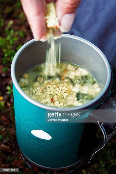 Preparing instant soup