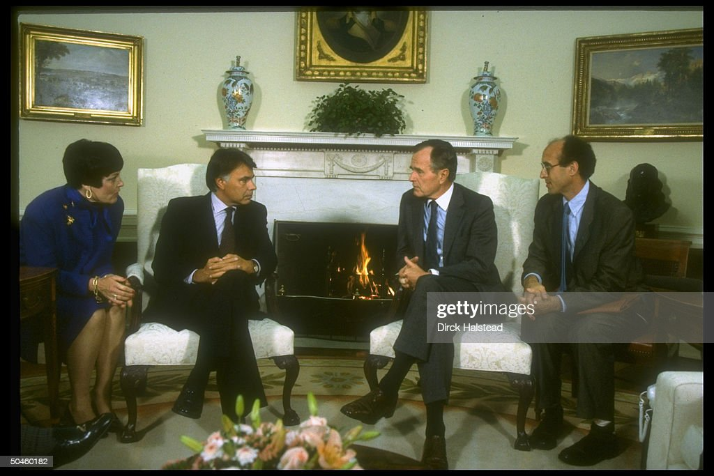 Pres. Bush, (2R), w. Spanish PM <a gi-track='captionPersonalityLinkClicked' href=/galleries/search?phrase=Felipe+Gonzalez&family=editorial&specificpeople=6081940 ng-click='$event.stopPropagation()'>Felipe Gonzalez</a>, (2L), flanked by interpreters, in WH Oval Office.