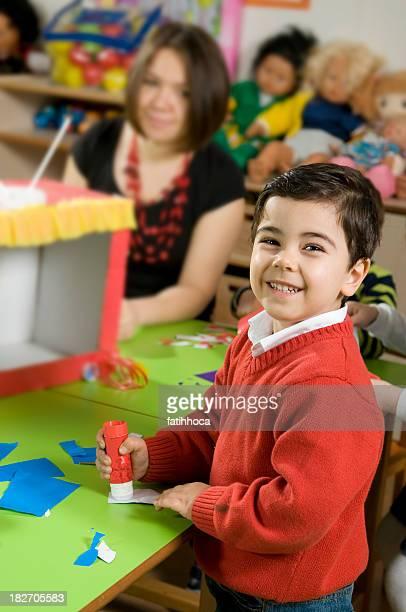 Enfant d'âge pré-scolaire