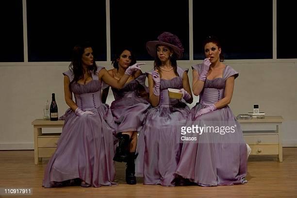 Presentation of the play 5 Mujeres usando el mismo vestido at Julio Prieto Theater in Mexico City