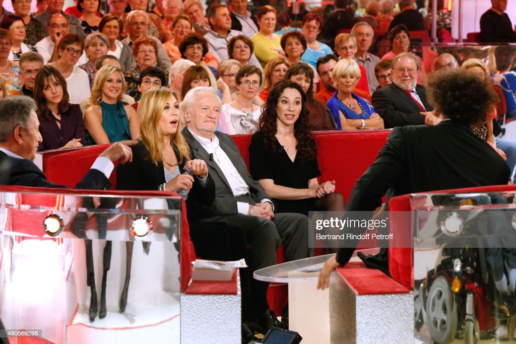 Presentator of the show Michel Drucker, main guest of the show actress mathilde Seigner, Stage Director Niels Arestrup and his wife actress Isabelle Le Nouvel who present the theater play 'Big Apple' and magician humorist Eric Antoinet the 'Vivement Dimanche' French TV show at Pavillon Gabriel on May 14, 2014 in Paris, France.