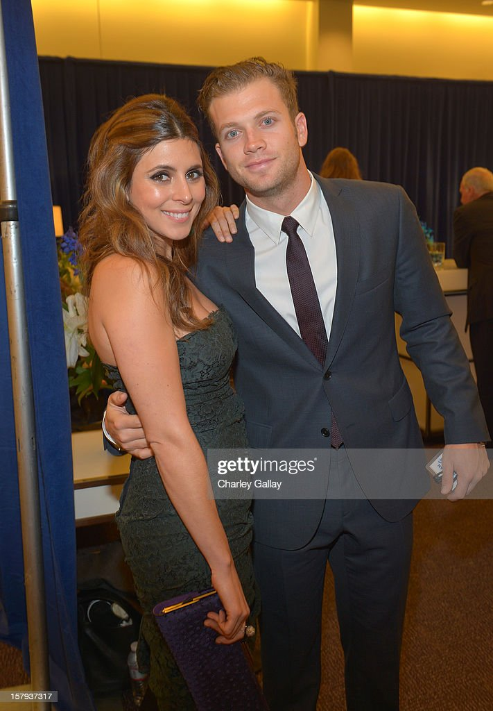 Presente and actress, Jamie-Lynn Sigler and Washington Nationals player, Cutter Dykstra arrive at the American Giving Awards presented by Chase held at the Pasadena Civic Auditorium on December 7, 2012 in Pasadena, California.