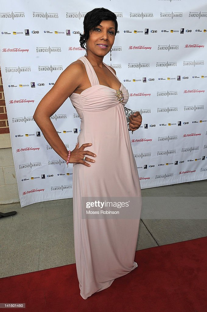 Presente Yvette Cook attends the Not Alone Foundation Second Biennial Diamond Awards at Morehouse College Ray Charles Performing Arts Center on March 17, 2012 in Atlanta, Georgia.