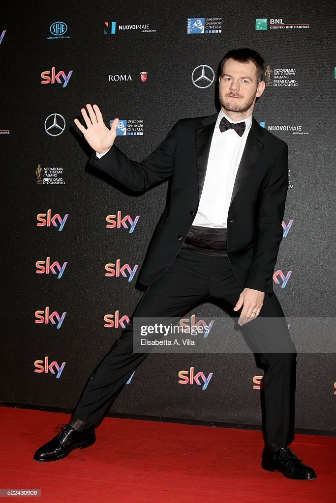 Presenter Alessandro Cattelan arrives at the 60. David di Donatello ceremony on April 18, 2016 in Rome, Italy.