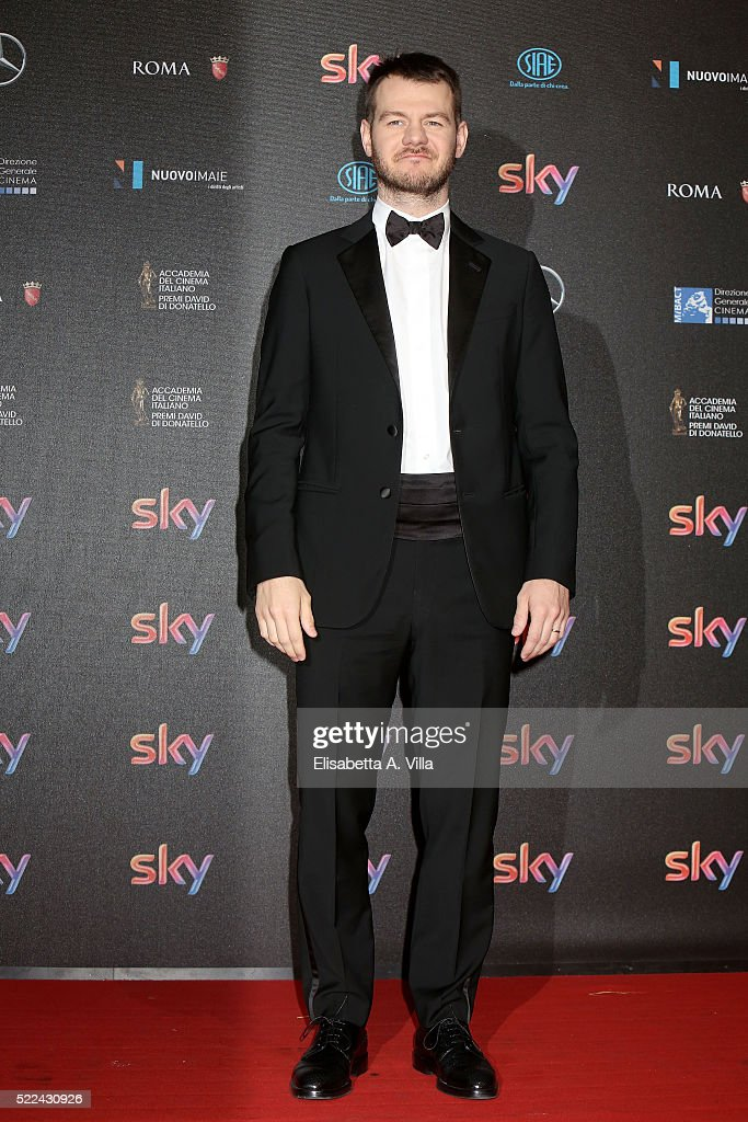 Presenter Alessandro Cattelan arrives at the 60. David di Donatello ceremony on April 18, 2016 in Rome, Italy.
