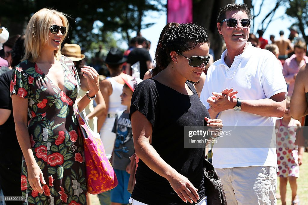 TVNZ presenter Alison Mau and girlfriend Karleen Edmonds attend the Big Gay Out at Coyle Park on February 10, 2013 in Auckland, New Zealand. Big Gay Out is the largest annual gay and lesbian festival in New Zealand.