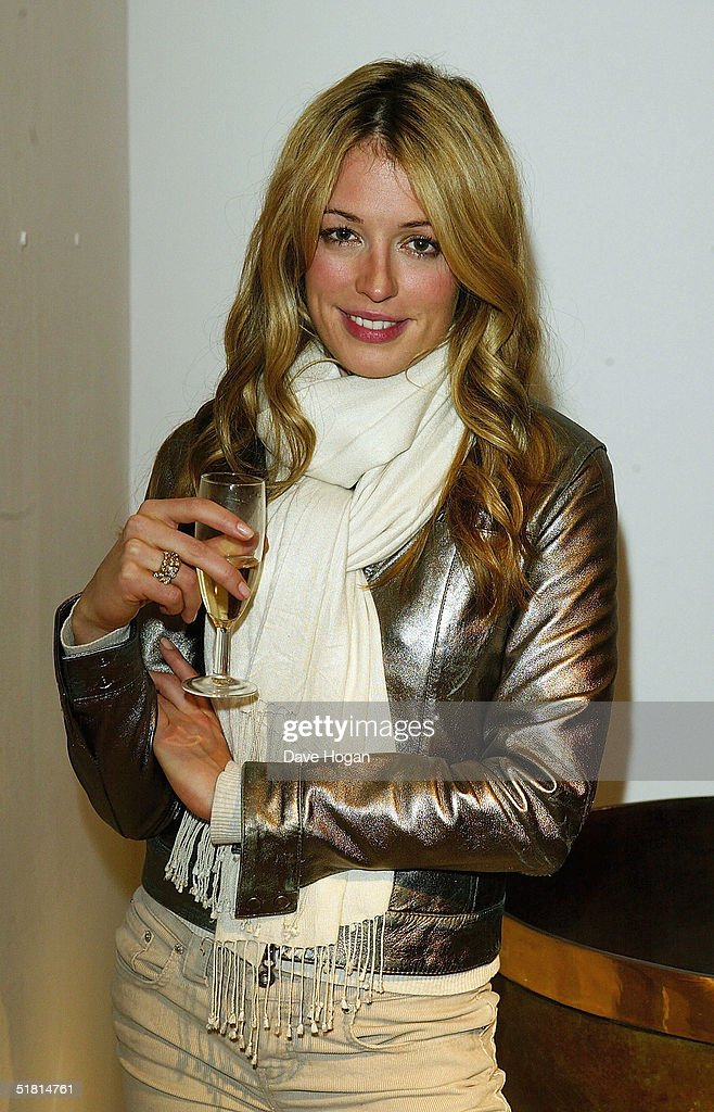 TV presenter Cat Deeley attends the opening of the new collection by Irish artist Guggi at the Osbourne Samuel Gallery on December 1, 2004 in London.