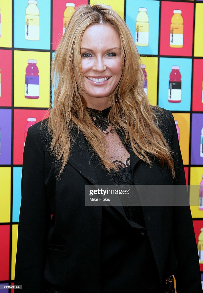 TV presenter Charlotte Dawson arrives at the GLACÉAU vitaminwater hearts russell james event at Customs House on July 6 2009 in Sydney Australia