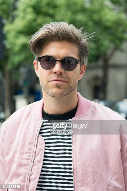 TV presenter Darren Kennedy wears a Soul Land jacket H and M jumper and Specsavers sunglasses on day 3 of London Collections Men on June 12 2017 in...
