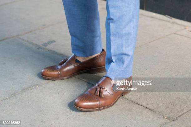 Presenter Darren Kennedy wears H and M suit and Massimo Dutti shoes on day 3 of London Collections Men on June 11 2017 in Paris France