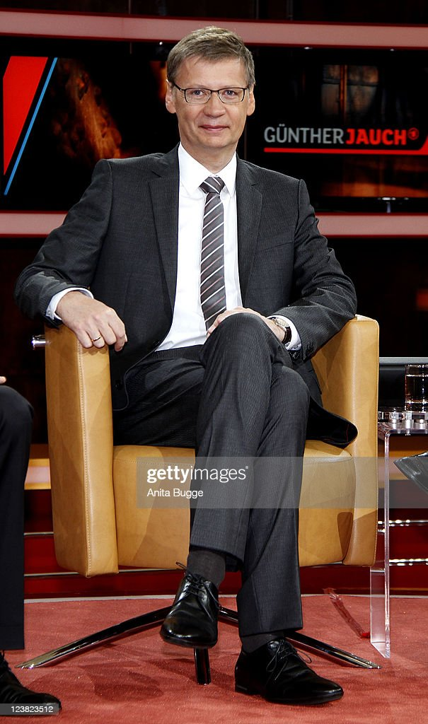 TV presenter Guenther Jauch presents his new talk show 'Guenther Jauch' on September 5, 2011 in Berlin, Germany.